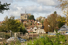 Arundel Cathedral, Sussex, Eng...