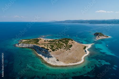 Fotomural Vista aerea delle Isole Tomaria a Lesbos