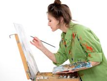 Attractive Teen Girl Painter D...
