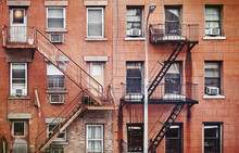 Manhattan Old Residential Buil...