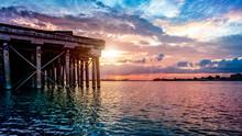 Sunrise Over The Mississippi R...
