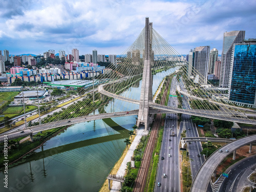 Fototapety, obrazy: HIGH ANGLE VIEW OF BRIDGE IN CITY AGAINST CLOUDY SKY