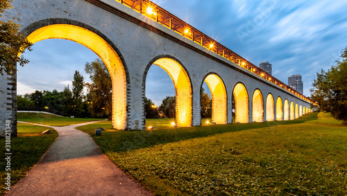 Photo Rostokinsky aqueduct in Moscow