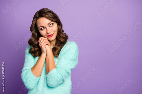 Photo Portrait of cute lovely sweet positive girl imagine want wait spring wish look c