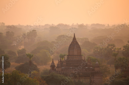 Sunrise over the valley with the ancient pagodas in Bagan Canvas Print