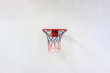 Basketball Hoop With Net Hangi...