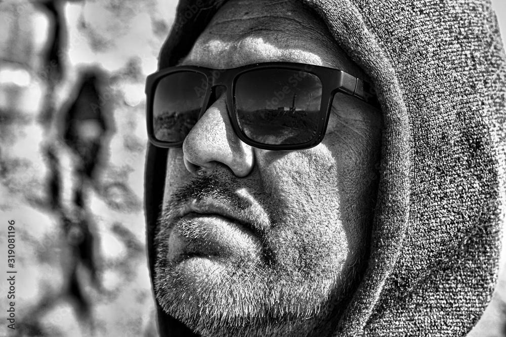 Fototapeta Close-Up Of Mature Man Wearing Sunglasses On Sunny Day