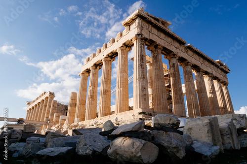 Photo Athens, Greece - Dec 20, 2019: Parthenon at the Acropolis of Athens, Greece