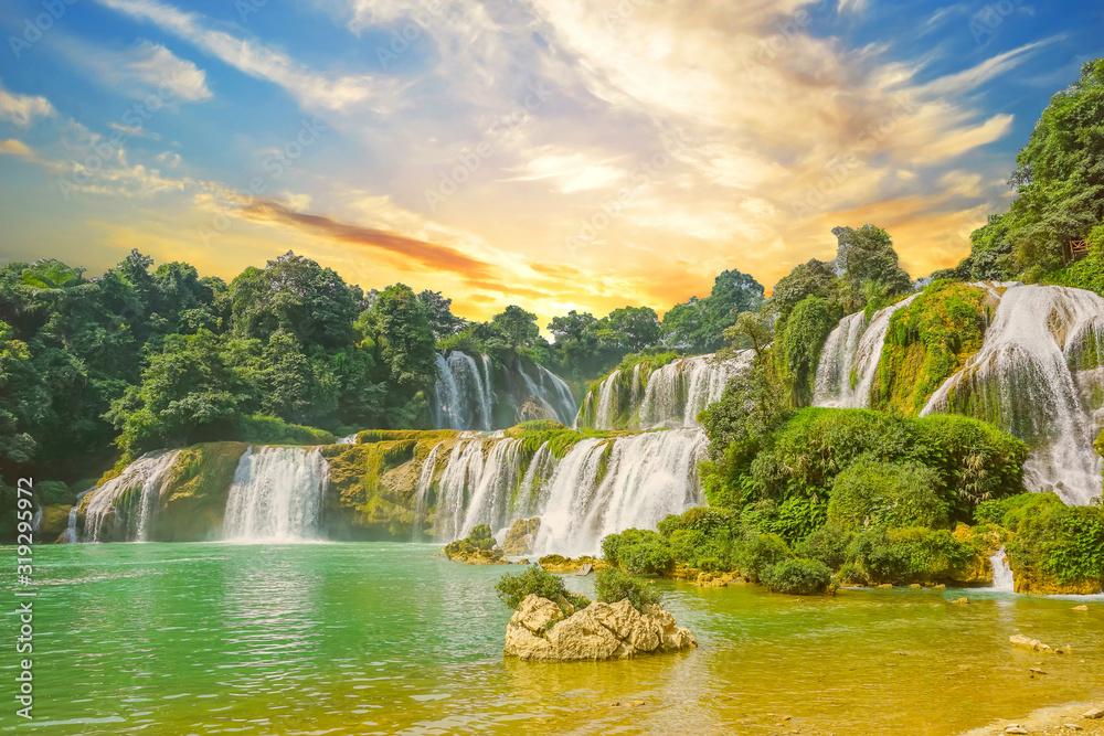 Fototapeta sunrise waterfall