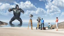 Riesiger Gorilla Mit Frau In S...