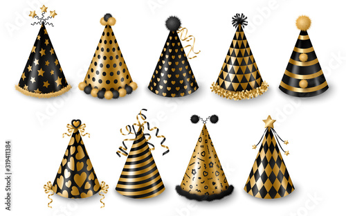 Fototapeta Set of gold and black party hats isolated on white background, New year and Carnival celebration elements. Vector illustration. Modern colored caps with patterns, funny holidays design obraz