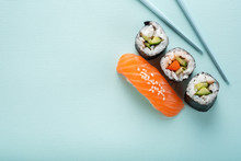 Sushi Set With Salmon Nigiri A...
