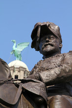 Statue Of Edward VII In Front ...