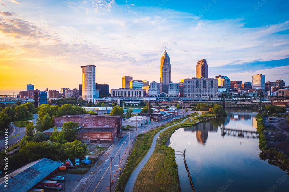Fototapeta Sunset in Cleveland, United States