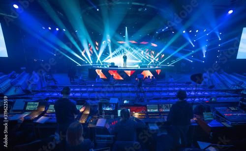 Fototapeta Preparing the stage for a concert obraz