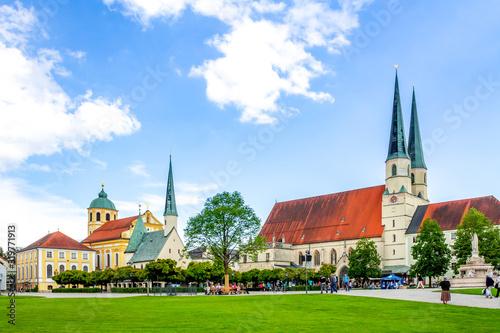 Fototapeta Kapellplatz, Altoetting, Bayern, Deutschland  obraz