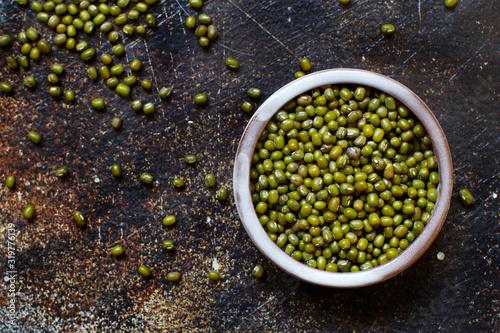 Fototapeta Dried mung beans in a bowl obraz