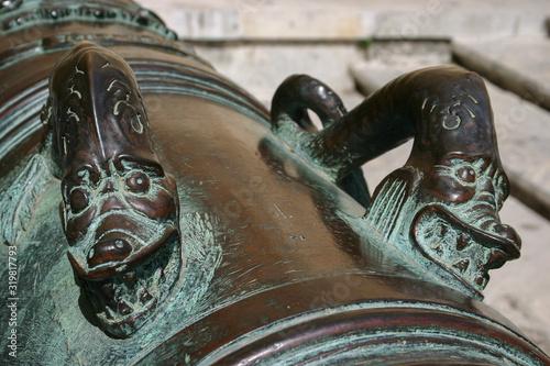 Fototapeta Close-Up Of Bronze Cannon