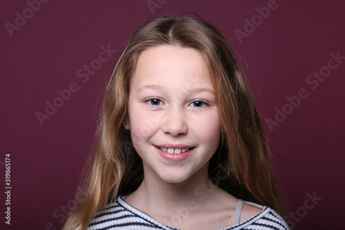 Beautiful young girl Tapéta, Fotótapéta