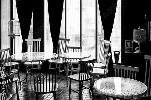 Empty Chairs And Tables In Restaurant Fototapet