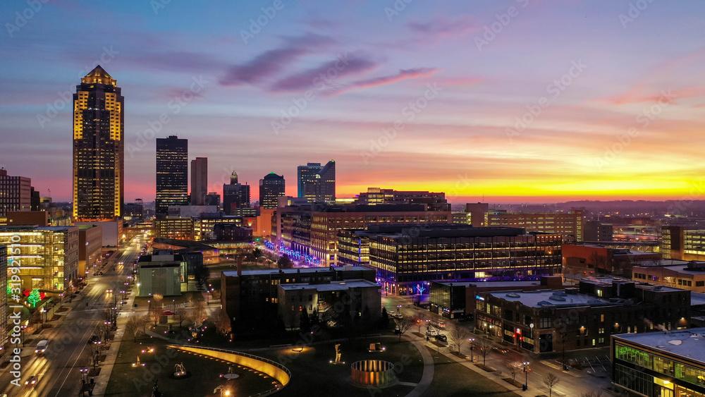 Fototapeta Aerial View of Downtown Des Moines