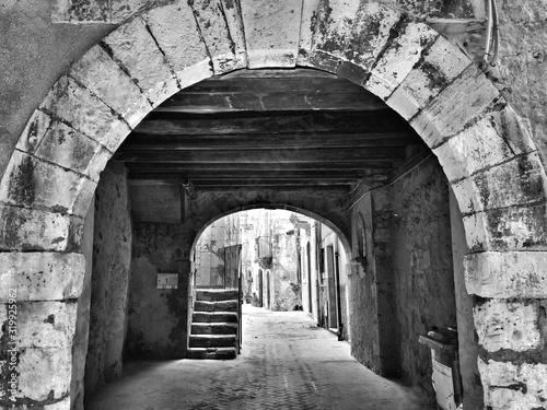 Obraz na płótnie Archway Of Old Building