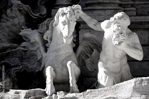 Photo Close-Up Of Statues