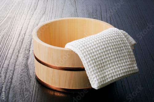 Valokuva 湯桶  Japanese Hinoki wood Bath Bucket