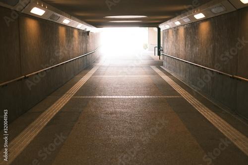 Photo トンネル