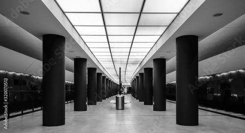 Fotografie, Obraz CORRIDOR OF BUILDING