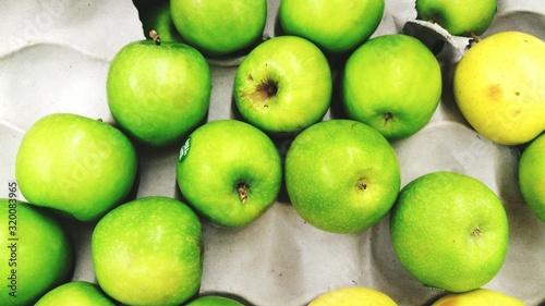 Fotografia Close-Up Of Granny Smith Apples