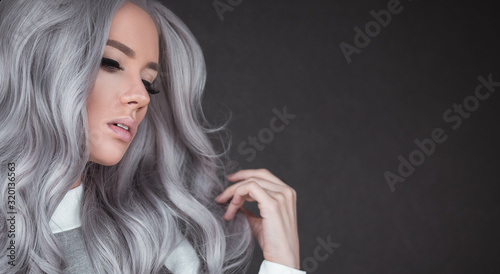 Fotomural Beautiful girl with healthy long grey hair