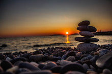 Steinstapel Im Sonnenuntergang