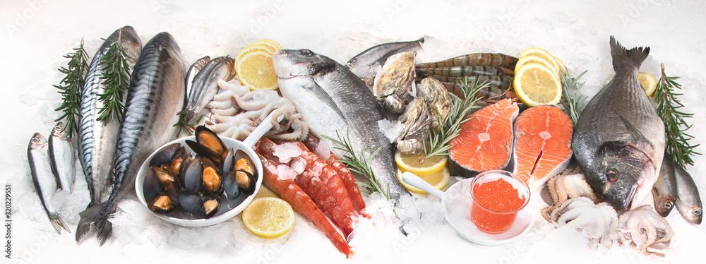 Fototapeta Fresh raw seafood.