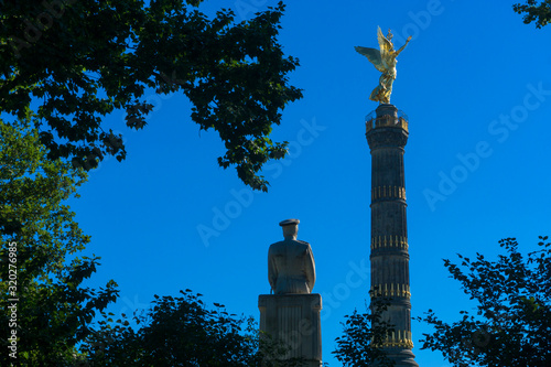 Statue Of Helmuth Von Moltke The Elder By Victory Column Against Clear Blue Sky Canvas Print