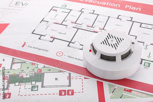 Smoke detectors on evacuation plans - 320288722