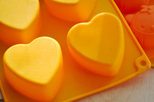 Silicone Heart Shaped Baking D...