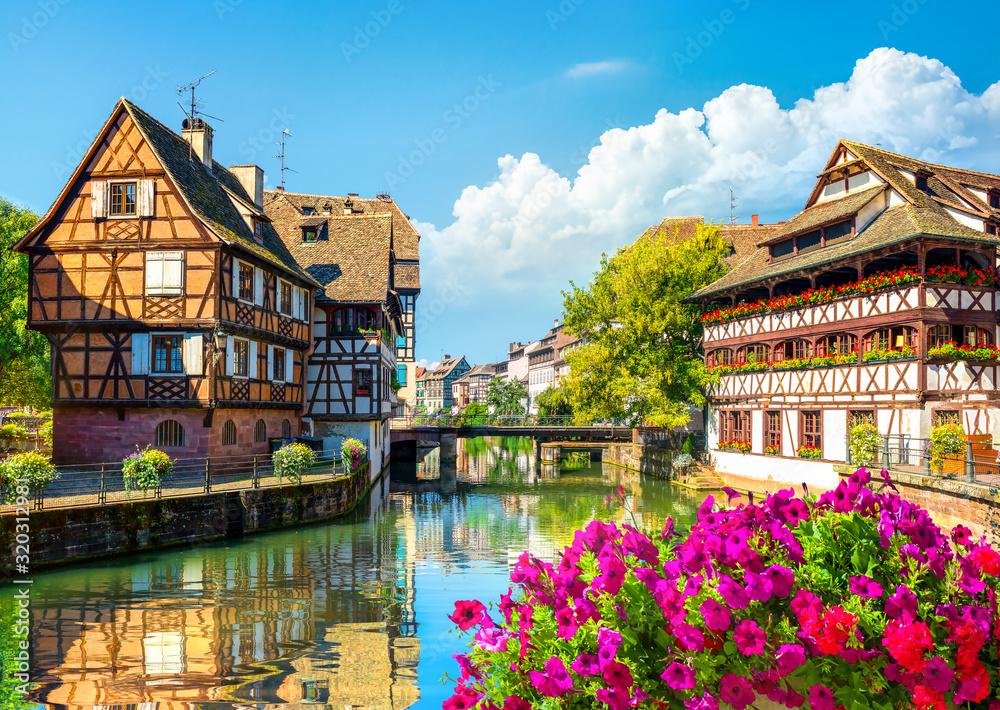 Fototapeta Houses in Strasbourg