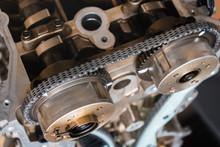 Auto Engine Repair. Timing Chain.