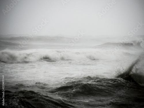 Photo Landscape with big sea waves