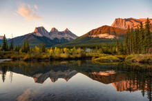 Scenery Of Three Sisters Mount...