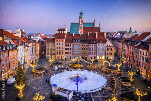 Fototapeta Old Town Square With Ice Rink In Warsaw obraz