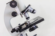 Microscope With High Magnifica...