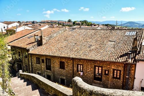 Fotografía old town of san Vicente de la Barquera, cantabria spain