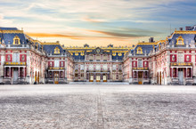 Medieval Versailles Palace Out...