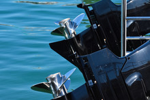 Powerboat Outboard Engines And...