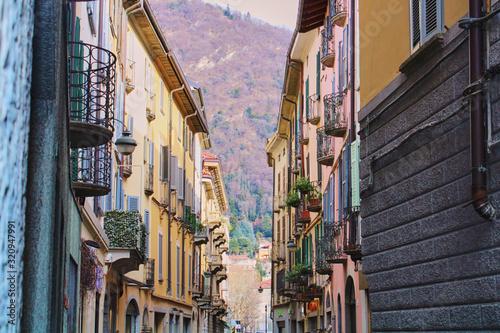 Fototapety, obrazy: street in Como italy