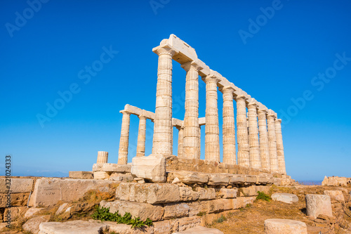 Photo The ancient temple of Poseidon at Cape Sounio in Attica, Greece