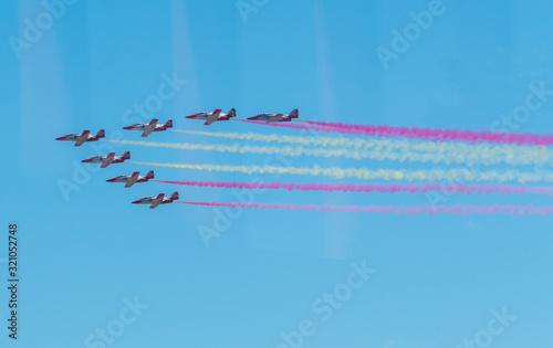 Photo Aviones del Ejercito del aire en el día de las fuerzas armadas en Sevilla