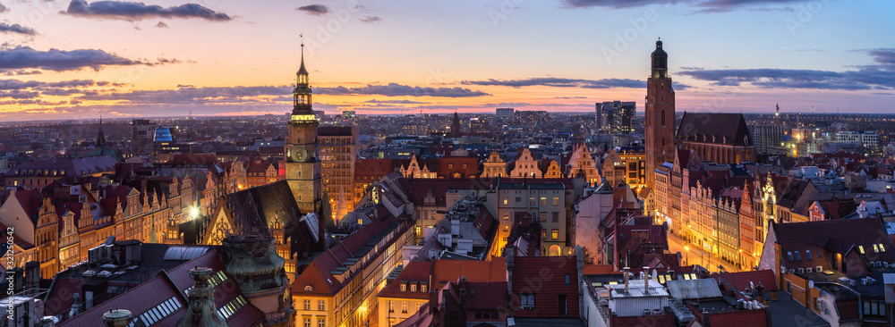 Fototapeta Wroclaw, Poland.  Panoramic aerial cityscape at dusk